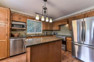 """Photo 7: 15758 93A Avenue in Surrey: Fleetwood Tynehead House for sale in """"BEL-AIR ESTATES"""" : MLS®# R2214972"""