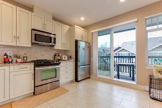 Photo 3: 113 2979 156 Street in Surrey: Grandview Surrey Townhouse for sale (South Surrey White Rock)  : MLS®# R2225950