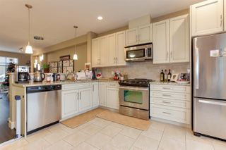 Photo 4: 113 2979 156 Street in Surrey: Grandview Surrey Townhouse for sale (South Surrey White Rock)  : MLS®# R2225950