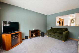 Photo 5: 1048 Edderton Avenue in Winnipeg: West Fort Garry Residential for sale (1Jw)  : MLS®# 1730994