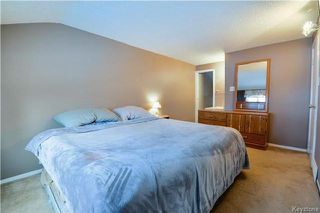 Photo 8: 1048 Edderton Avenue in Winnipeg: West Fort Garry Residential for sale (1Jw)  : MLS®# 1730994