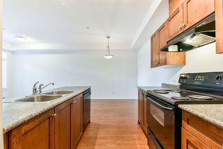 "Photo 5: 426 13277 108 Avenue in Surrey: Whalley Condo for sale in ""Pacifica"" (North Surrey)  : MLS®# R2233939"