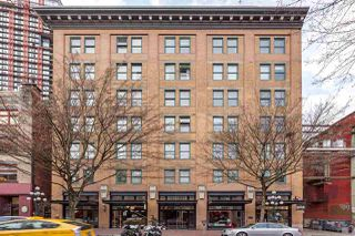"""Photo 1: 701 233 ABBOTT Street in Vancouver: Downtown VW Condo for sale in """"ABBOTT PLACE"""" (Vancouver West)  : MLS®# R2237351"""