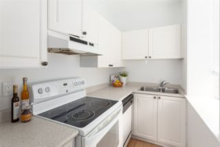 """Photo 12: 701 233 ABBOTT Street in Vancouver: Downtown VW Condo for sale in """"ABBOTT PLACE"""" (Vancouver West)  : MLS®# R2237351"""