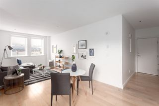 """Photo 5: 701 233 ABBOTT Street in Vancouver: Downtown VW Condo for sale in """"ABBOTT PLACE"""" (Vancouver West)  : MLS®# R2237351"""