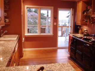 Photo 3: 503 E 7TH STREET in North Vancouver: Lower Lonsdale House for sale : MLS®# R2236493