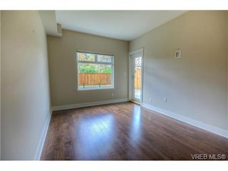Photo 16: 114 21 Conard Street in : VR Hospital Residential for sale (View Royal)  : MLS®# 363245