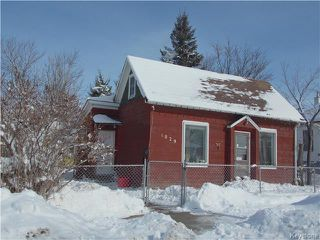 Photo 1: 1029 Burrows Avenue in Winnipeg: Shaughnessy Heights Residential for sale (4B)  : MLS®# 1804926
