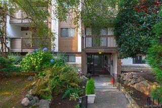 Photo 2: 101 830 Esquimalt Road in VICTORIA: Es Old Esquimalt Condo Apartment for sale (Esquimalt)  : MLS®# 389784