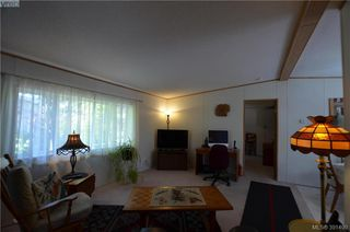 Photo 3: 16 848 Hockley Ave in VICTORIA: La Langford Proper Manufactured Home for sale (Langford)  : MLS®# 786925