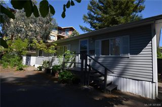 Photo 2: 16 848 Hockley Ave in VICTORIA: La Langford Proper Manufactured Home for sale (Langford)  : MLS®# 786925
