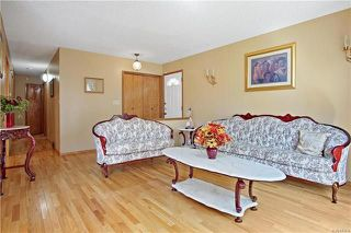 Photo 2: 18 Simon Drive in Winnipeg: River Park South Residential for sale (2F)  : MLS®# 1814212