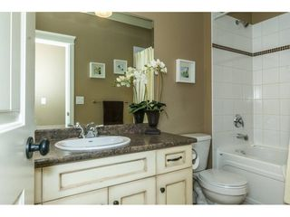 """Photo 13: 3855 CAVES Court in Abbotsford: Abbotsford East House for sale in """"Sandyhill"""" : MLS®# R2278796"""