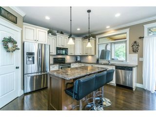 """Photo 7: 3855 CAVES Court in Abbotsford: Abbotsford East House for sale in """"Sandyhill"""" : MLS®# R2278796"""