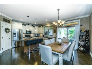 """Photo 6: 3855 CAVES Court in Abbotsford: Abbotsford East House for sale in """"Sandyhill"""" : MLS®# R2278796"""