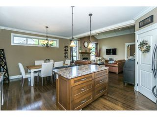 """Photo 9: 3855 CAVES Court in Abbotsford: Abbotsford East House for sale in """"Sandyhill"""" : MLS®# R2278796"""