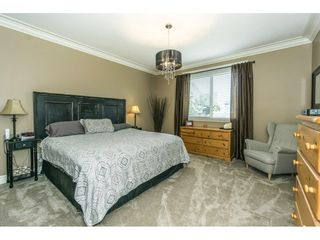 """Photo 10: 3855 CAVES Court in Abbotsford: Abbotsford East House for sale in """"Sandyhill"""" : MLS®# R2278796"""