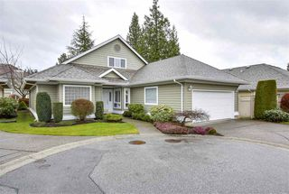 """Photo 19: 25 1881 144 Street in Surrey: Sunnyside Park Surrey Townhouse for sale in """"Brambley Hedge"""" (South Surrey White Rock)  : MLS®# R2282340"""