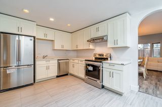 """Photo 3: 24 7695 ST. ALBANS Road in Richmond: Brighouse South Townhouse for sale in """"BRISTOL GARDEN"""" : MLS®# R2301413"""