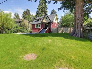 "Photo 3: 6076 HIGHBURY Street in Vancouver: Southlands House for sale in ""Southlands"" (Vancouver West)  : MLS®# R2301534"