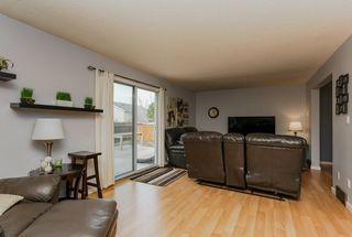 Photo 3: 12 WIMBLETON Crescent: St. Albert House for sale : MLS®# E4139485