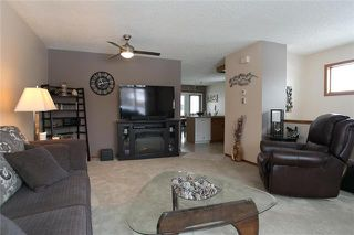 Photo 4: 66 Sand Point Bay in Winnipeg: Kildonan Meadows Residential for sale (3K)  : MLS®# 1902006