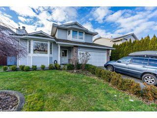 "Photo 2: 19662 SOMERSET Drive in Pitt Meadows: Mid Meadows House for sale in ""Somerset"" : MLS®# R2337988"