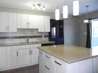 Photo 3: 24 2004 TRUMPETER Way in Edmonton: Zone 59 Townhouse for sale : MLS®# E4143845