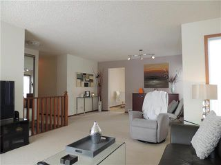 Photo 3: 215 Rutledge Crescent in Winnipeg: Harbour View South Residential for sale (3J)  : MLS®# 1905756