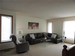 Photo 2: 215 Rutledge Crescent in Winnipeg: Harbour View South Residential for sale (3J)  : MLS®# 1905756