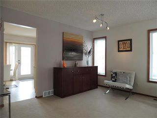Photo 4: 215 Rutledge Crescent in Winnipeg: Harbour View South Residential for sale (3J)  : MLS®# 1905756