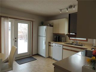 Photo 5: 215 Rutledge Crescent in Winnipeg: Harbour View South Residential for sale (3J)  : MLS®# 1905756