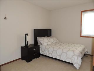 Photo 9: 215 Rutledge Crescent in Winnipeg: Harbour View South Residential for sale (3J)  : MLS®# 1905756