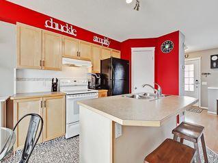 Photo 5: 7 PRESTWICK Lane SE in Calgary: McKenzie Towne Row/Townhouse for sale : MLS®# C4237254