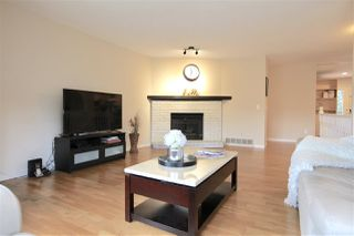 "Photo 7: 16130 BROOKSIDE Grove in Surrey: Fraser Heights House for sale in ""Fraser Glen"" (North Surrey)  : MLS®# R2355438"