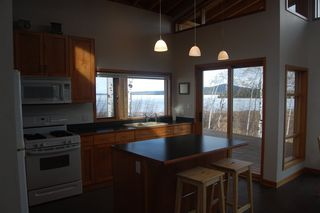 Photo 6: 5596 N GREEN LAKE Road in Lone Butte: Lone Butte/Green Lk/Watch Lk House for sale (100 Mile House (Zone 10))  : MLS®# R2360497