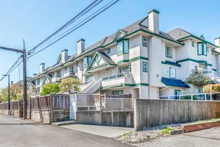 "Photo 3: 216 3978 ALBERT Street in Burnaby: Vancouver Heights Townhouse for sale in ""HERITAGE GREENE"" (Burnaby North)  : MLS®# R2365578"