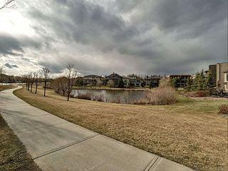 Photo 3: 2554 Cameron Ravine Landing in Edmonton: Zone 20 House for sale : MLS®# E4155621