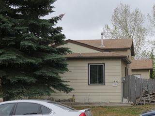 Photo 2: 3903 41 Avenue in Edmonton: Zone 29 House for sale : MLS®# E4156737