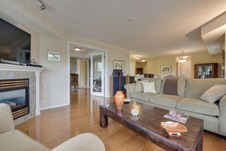 Photo 3: 308 9008 99 Avenue in Edmonton: Zone 13 Condo for sale : MLS®# E4156880
