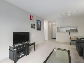 Photo 3: 406 3488 VANNESS Avenue in Vancouver: Collingwood VE Condo for sale (Vancouver East)  : MLS®# R2369973