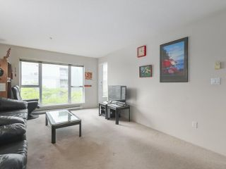 Photo 10: 406 3488 VANNESS Avenue in Vancouver: Collingwood VE Condo for sale (Vancouver East)  : MLS®# R2369973