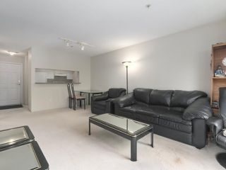 Photo 7: 406 3488 VANNESS Avenue in Vancouver: Collingwood VE Condo for sale (Vancouver East)  : MLS®# R2369973