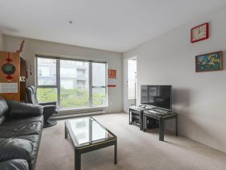 Photo 6: 406 3488 VANNESS Avenue in Vancouver: Collingwood VE Condo for sale (Vancouver East)  : MLS®# R2369973