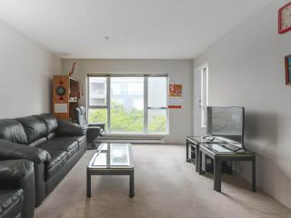 Photo 11: 406 3488 VANNESS Avenue in Vancouver: Collingwood VE Condo for sale (Vancouver East)  : MLS®# R2369973