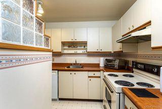 Photo 9: 301 1619 Morrison Street in VICTORIA: Vi Jubilee Condo Apartment for sale (Victoria)  : MLS®# 411527