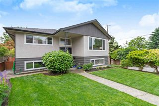 Main Photo: 345 W 22ND Street in North Vancouver: Central Lonsdale House for sale : MLS®# R2375788
