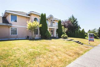 Photo 2: 14172 84 Avenue in Surrey: Bear Creek Green Timbers House for sale : MLS®# R2382821
