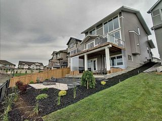 Photo 2: 827 Eagleson Link in Edmonton: Zone 57 House for sale : MLS®# E4163933