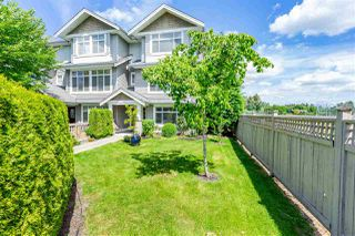 "Photo 2: 61 19330 69 Avenue in Surrey: Clayton Townhouse for sale in ""Montebello"" (Cloverdale)  : MLS®# R2385616"